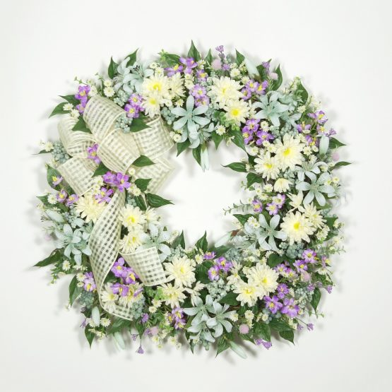 Garden-fresh Flowers Wreath