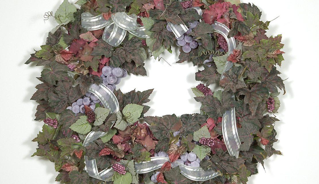 Chateau Vineyard Wreath