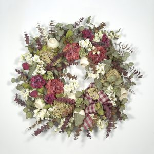 Elegant Traditions Wreath